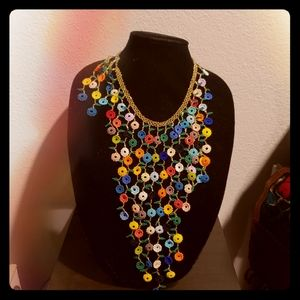 58 flowers to to make necklace and earnings